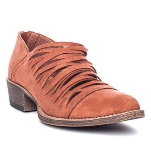 Coconut by Matisse Ankle boots Size 8